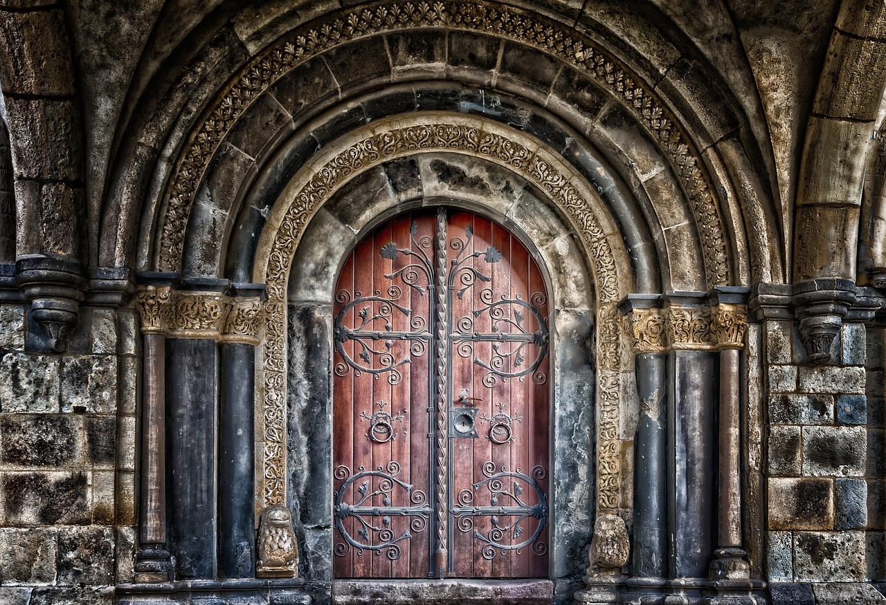 Design et sécurité pour votre porte à Villeurbanne